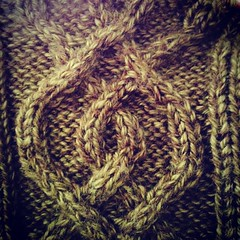 3/4 of the Macy's Parade and half of Miracle on 34th Street later... and the fail is fixed. #knittingfail, #soproud