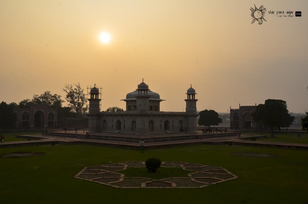 Taj Mahal-2564