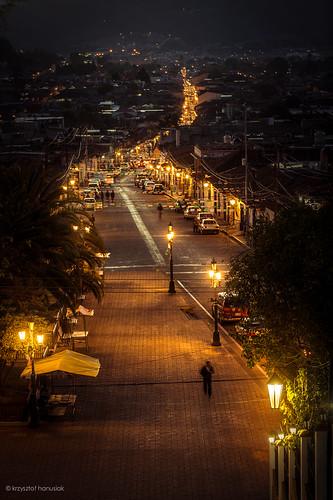 street night mexico lights streetlights nighttime sancristobal chiapas guadelupe sancristóbaldelascasas meksyk hanusiak realdeguadelupe