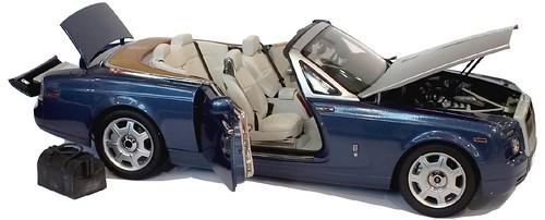 Kyosho RR Phantom drophead coupé 1-18 (4)