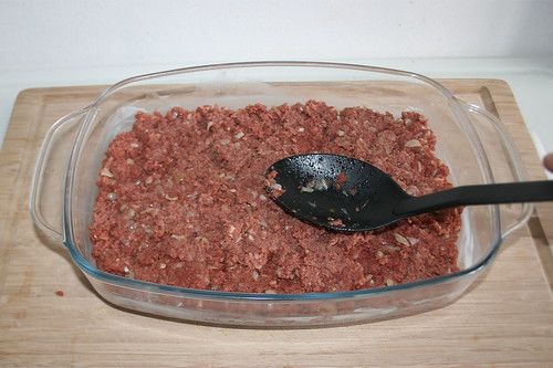 32 - Corned beef glatt streichen / Flatten corned beef