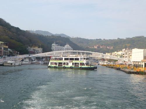 Ta-Kaohsiung-Cijin-ferry (3)