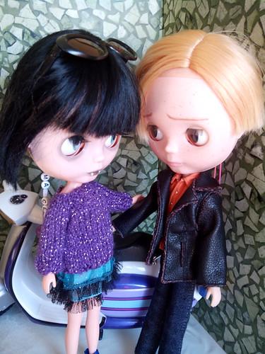 - Uriel: Ven que te invito a algo en Córner. - Marceline: Frena un poco tigre.