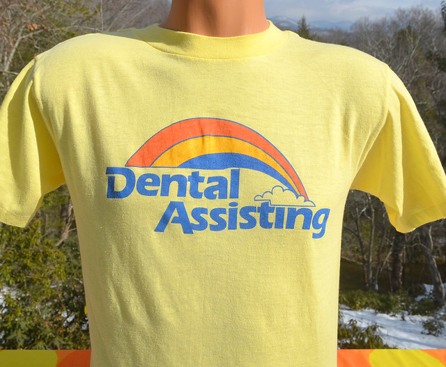 dental assisting vintage t-shirt