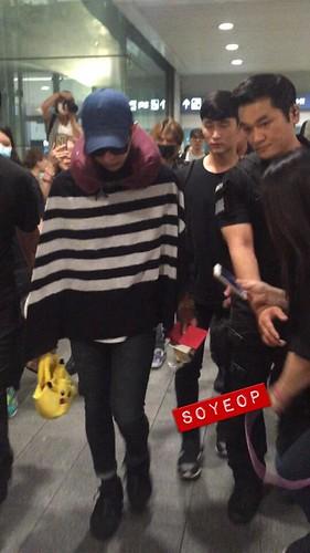 BIGBANG arrival Seoul 2015-08-15 (8)