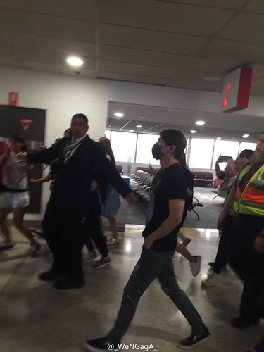 BIGBANG Arrival Melbourne WENGAGA Weibo (5)