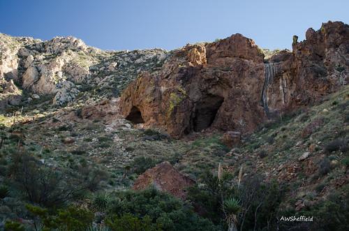 mountains bird birds blind hiking caves elpaso franklinmountains birdblind texasstateparks