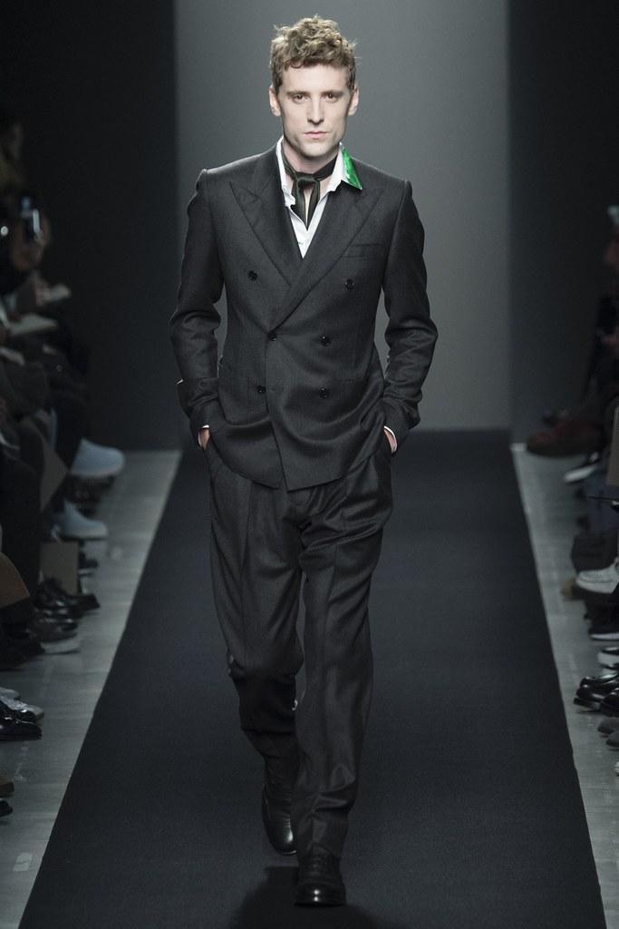 FW15 Milan Bottega Veneta011_George Barnett(VOGUE)