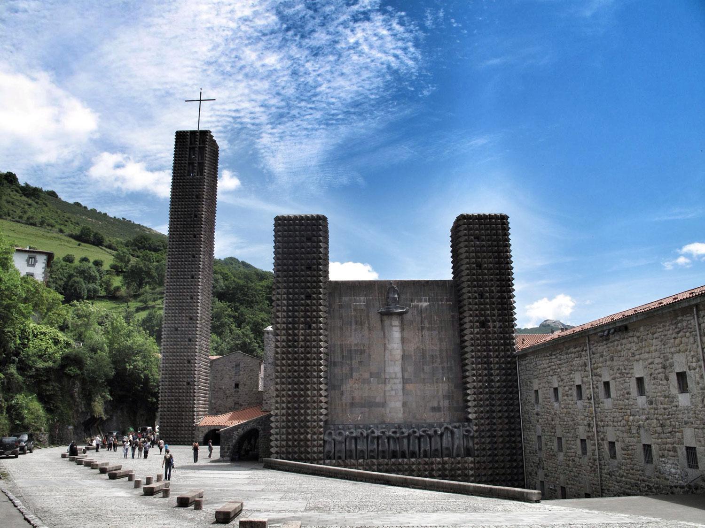 aranzazu_seminario_basilica_docomomo_vista general