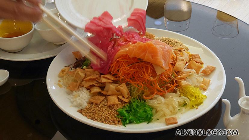 Salmon & Tuna Yu Sheng