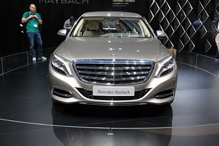 MERCEDES-MAYBACH--2015-PULMANN-02