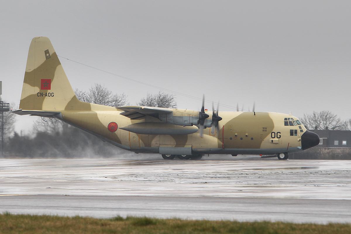 FRA: Photos d'avions de transport - Page 21 16842759685_cf1a06e0ca_o