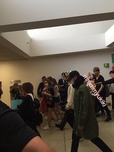 BIGBANG arrival Melbourne 2015-10-20 (23)