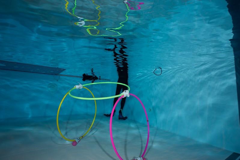 Indoor Diving avec le 15 mm Nikonos 15582976470_8f121b10c7_c