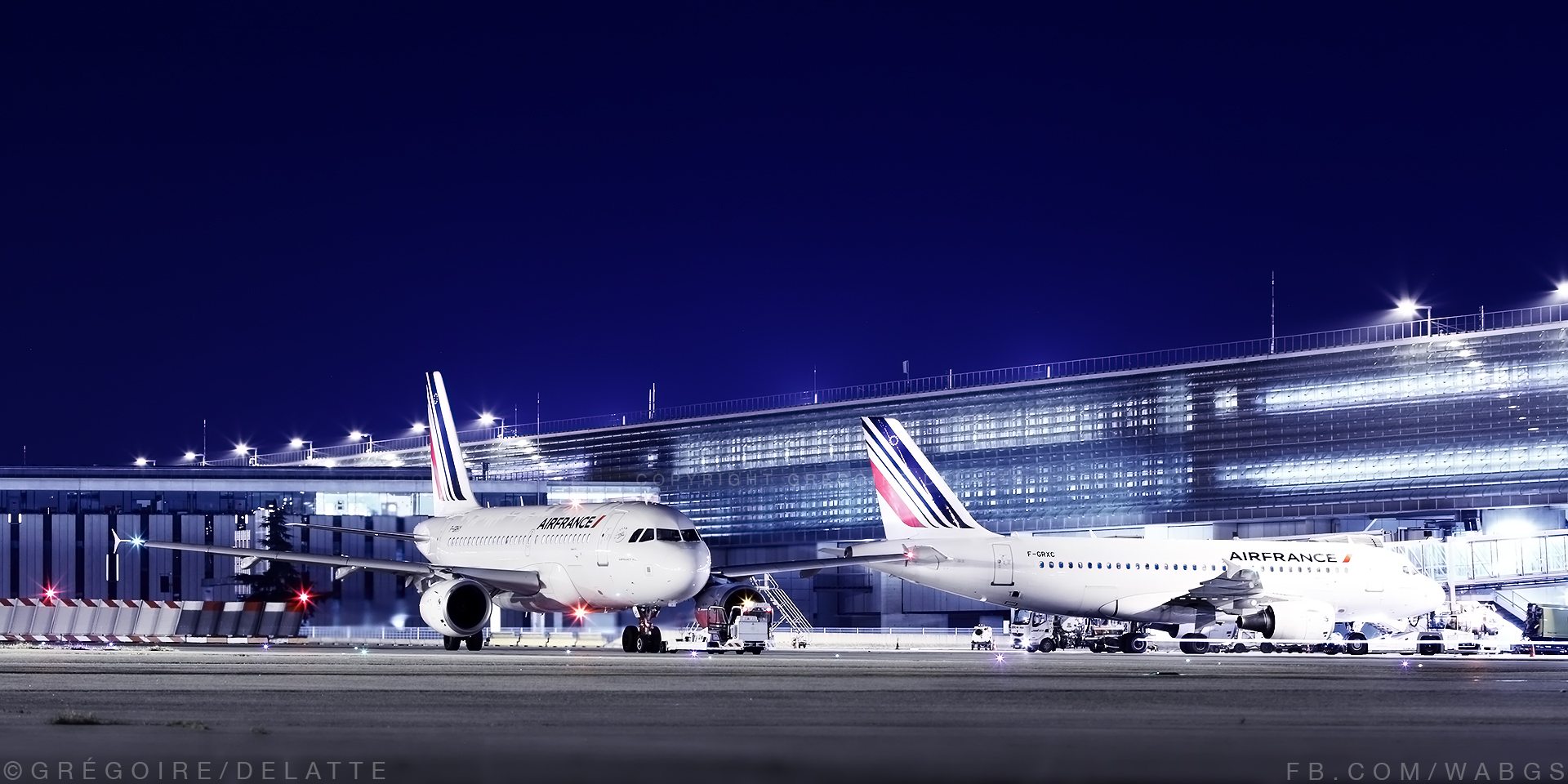 Night Atmosphere at Paris CDG