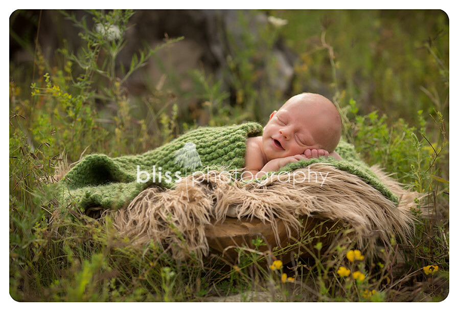 bliss photography-outdoor newborn Patrick