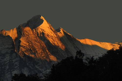 sunset india mountain beauty landscape evening twilight sundown dusk peak uttaranchal himalaya himalayas auli garhwal lopamudra uttarakhand uttarkhand lopamudrabarman betartholi