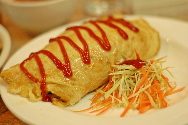 Korean food - Omellete rice
