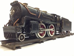 LIONEL PRE-WAR 2-4-0 STANDARD GAUGE No. 384 STEAM LOCOMOTIVE & TENDER