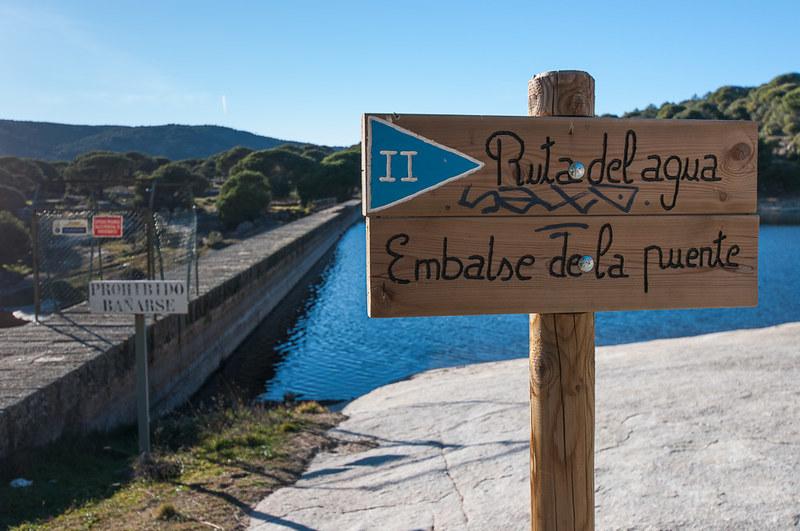 Embalse de Valdedomingo en Hoyo de Pinares