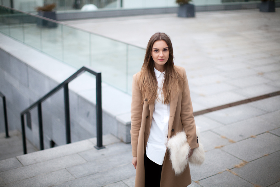 camel-coat-blogger-look-street-style