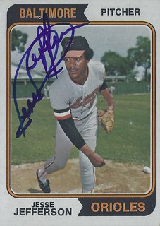 1974 Topps - Jesse Jefferson #509 (Pitcher) (b. 3 Mar 1949 - d. 8 Sep 2011 at age 62) - Autographed Baseball Card (Baltimore Orioles)