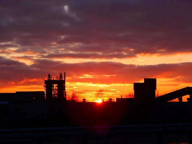 закат красивый в домодедовском районе