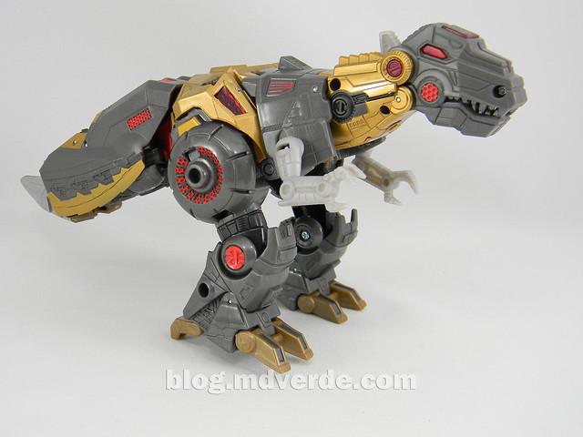 Transformers Grimlock Voyager - Transformers Generations Fall of Cybertron - modo alterno