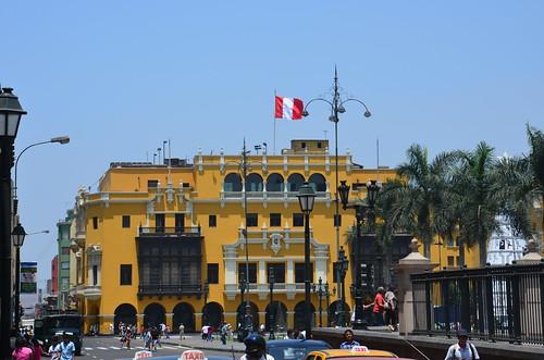 Blick auf den Plaza de Armas von Lima