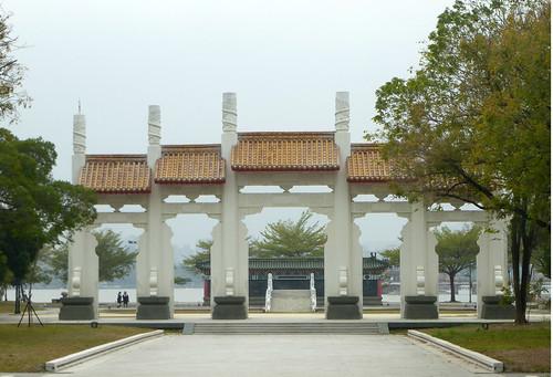 Ta-Kaohsiung-Lotus Pond-Confucius Temple (13)