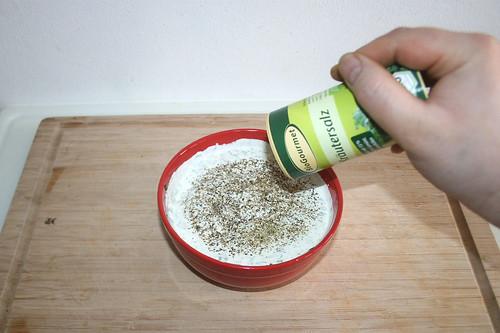 26 - Mit Pfeffer & Kräutersalz abschmecken / Taste with pepper & herb salt