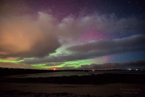 Northern lights over 2nd Churchill barrier