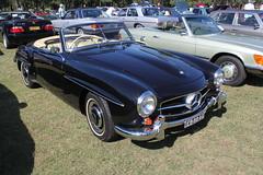 race car(1.0), automobile(1.0), automotive exterior(1.0), vehicle(1.0), performance car(1.0), automotive design(1.0), mercedes-benz(1.0), mercedes-benz 190sl(1.0), mercedes-benz 300sl(1.0), antique car(1.0), classic car(1.0), vintage car(1.0), land vehicle(1.0), convertible(1.0), sports car(1.0),
