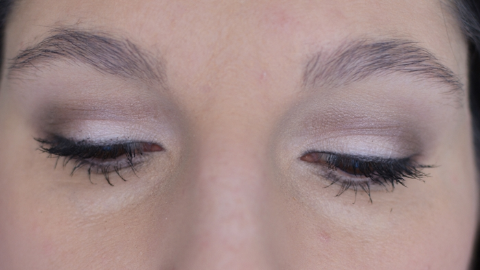 {essence} I ♥ NUDE eyeshadows 06