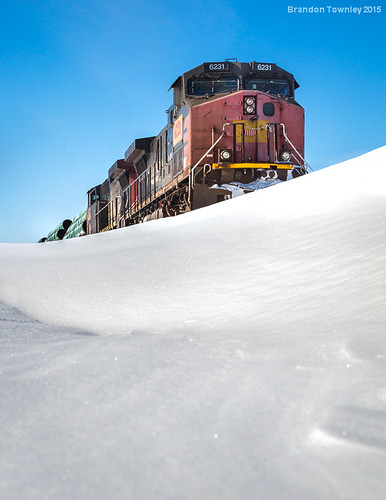 railroad snow snowdrift trains sp unionpacific southernpacific norfolksouthern bellevueohio wle wheelignandlakeerie