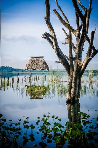 sunset lake nikon maya guatemala centralamerica peten petenitza elremate guatemala2014