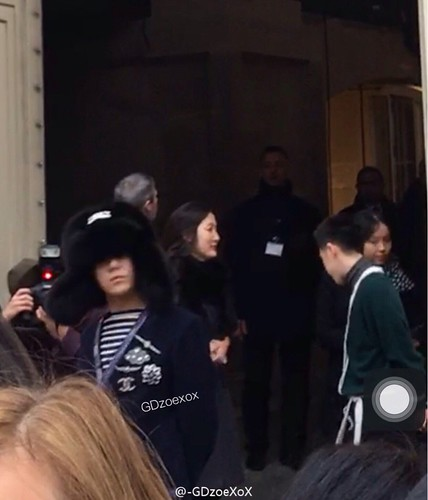 G-Dragon Chanel Haute Coutoure at Grand Palais Paris 2016-01-26 cr on pic (5)