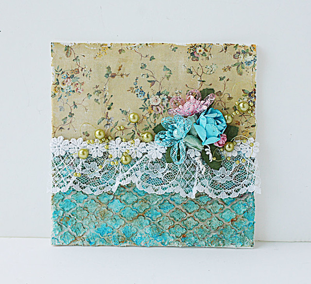 Vintage-inspired-mixed-media-canvas