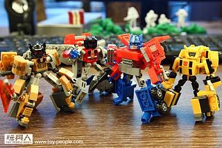 【得獎名單公佈!】『積木組合,完全變形!』孩之寶玩具《變形金剛》嶄新積木系列『戰鬥變形人物組』