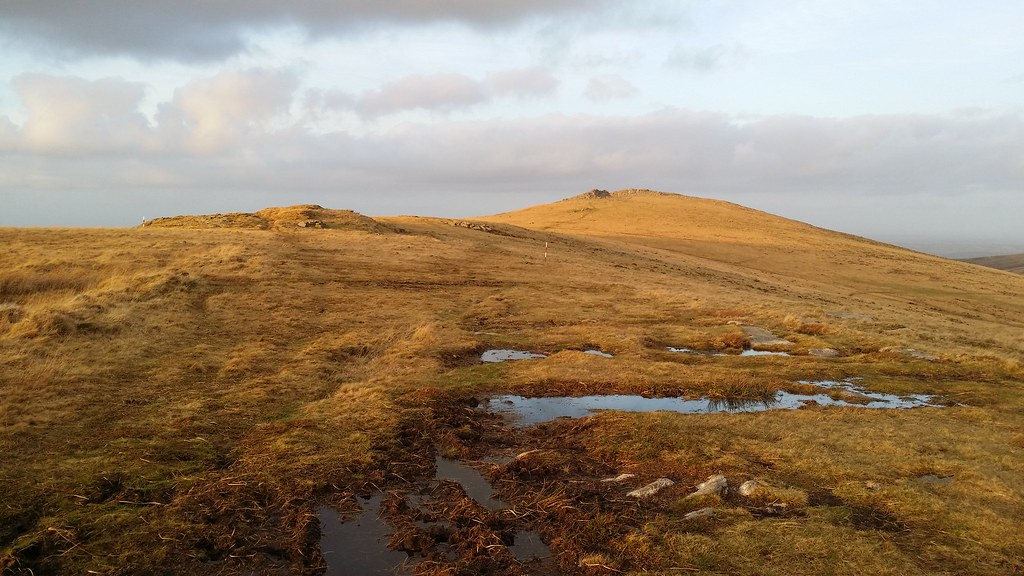 Heading for Knattaborough Tor #dartmoor #sh