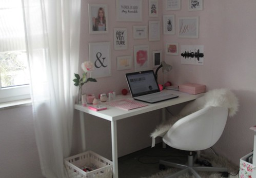 Interior inspiration home office mein arbeitsplatz for Bilderwand ikea