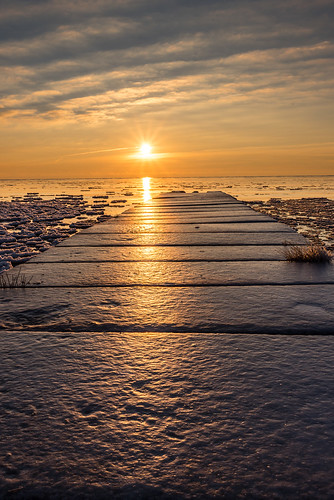 winter cold ice sunrise windpoint
