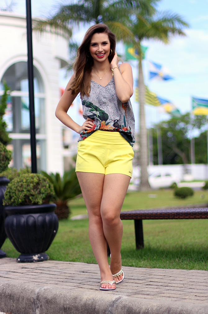 02-look do dia shorts amarelo officium blog sempre glamour