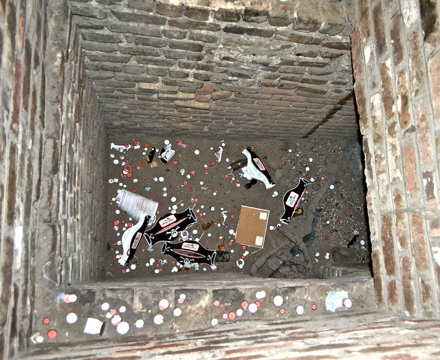 Secret tunnels in The Pirates House Savannah