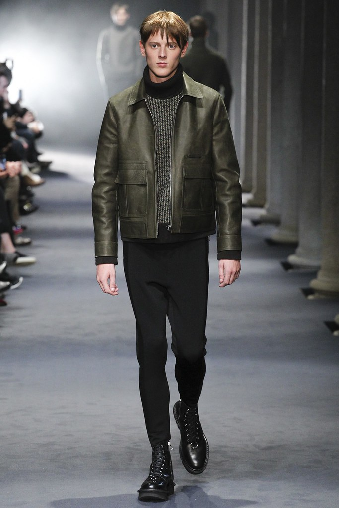 FW15 Milan Neil Barrett006_Ned Barton(VOGUE)