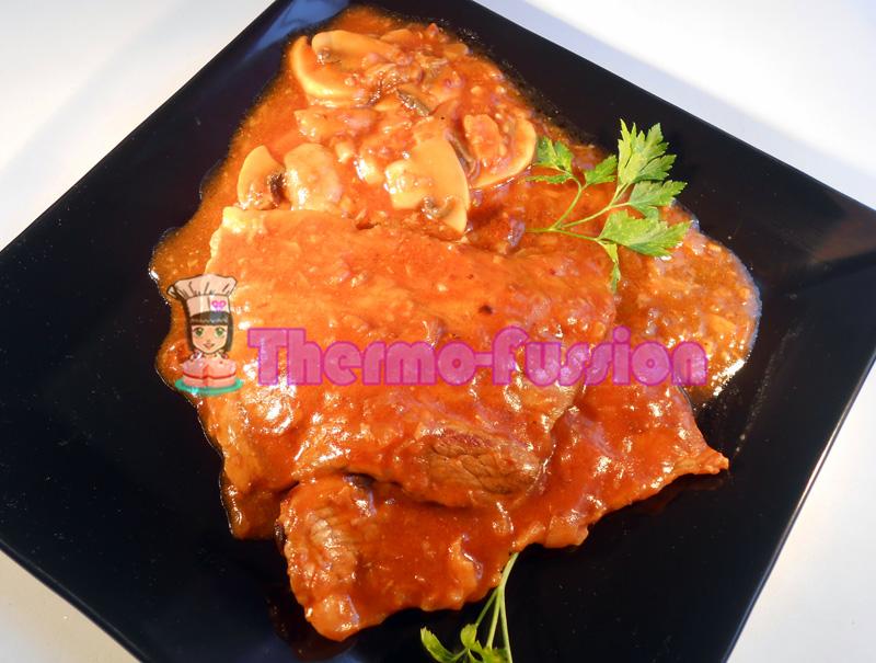 Filetes de ternera en salsa con champi ones fussioncook - Filetes de ternera en salsa de cebolla ...