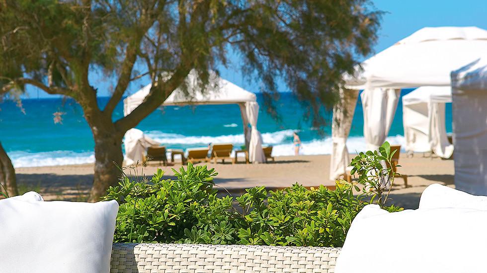 11-private-gazebo-and-beach-service-amirandes-2440