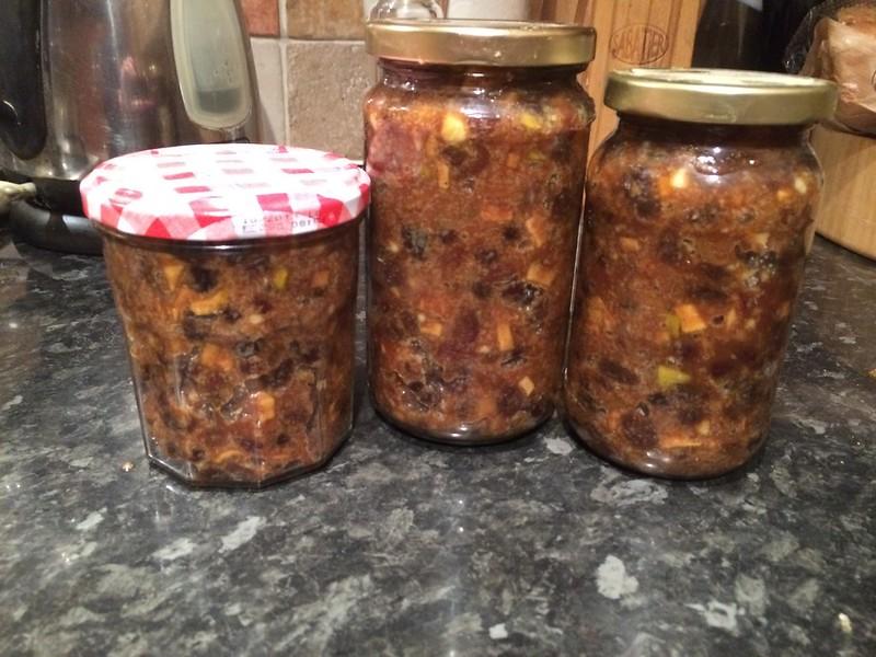 Mince Pies : Place into sterilized jars