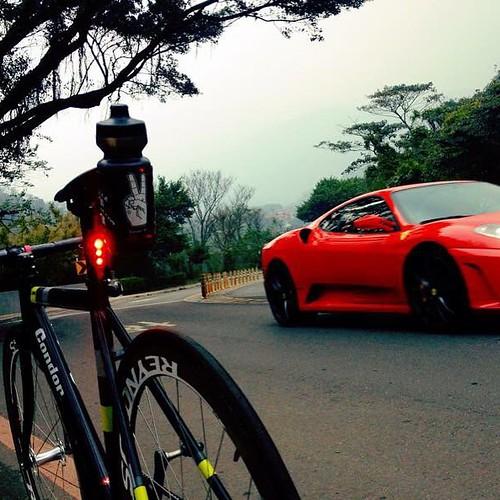 _ . from Taipei,Taiwan�� . Bike and car �� . . #njs #condor #lavoro #pista #statigram #fixedgear #vsco #track #taipeifixiecrew #art #bikelife #lifestyle #bike #latergram #自転車 #taipei #ride #life #</div></div></div><div class=