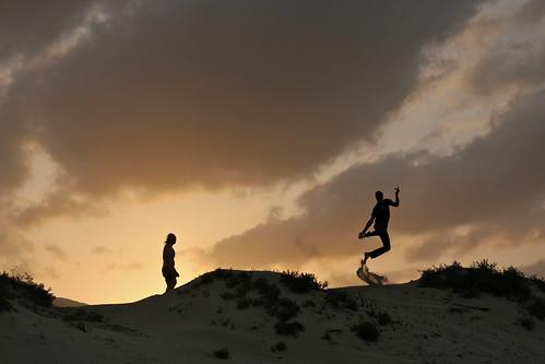 arabia arabic peninsule oman jump dune sand jumping